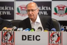 Geraldo Alckmin, Governador de São Paulo, participa de entrevista coletiva na sede do DEIC, na zona norte de São Paulo (SP), neste terça feira (03). A entrevista sobre a tentativa de roubo ao Banco do Brasil, na Rua Verbo Divino, que poderia ser considerado o maior roubo da história, envolvendo cerca de 1 bilhão de reais. 16 pessoas foram presas na operação que descobriu um túnel com aproximadamente 500 metros, que ligaria uma casa alugada à sede do banco.
