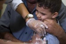 Aplicação da vacina fracionada contra a febre amarela, na UBS Palanque, na zona leste de São Paulo (SP), nesta quinta-feira (25). O período de imunização para a vacina fracionada é de cerca de 8 anos. © BW PRESS COPYING OR REPRODUCTION PROHIBITED. AVISO: Imagens protegidas pela lei do direito autoral 9.610/98. É proibido o uso ou cópia sem permissão do autor. Sujeito às penalidades legais.