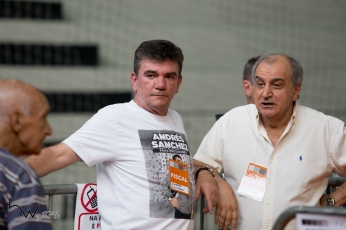 Andrés Sanchez, deputado federal, candidato à presidência do Corinthians, acompanha a votação, na sede do clube, na zona leste de São Paulo (SP), neste sábado (03).
