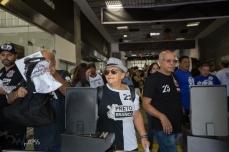 Movimentação na sede social do Corinthians, na zona leste de São Paulo (SP), na manhã deste sábado (03). No clube acontece a eleição para a escolha da nova diretoria.