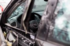 """Audi Q3, usado por Cláudio Roberto Ferreira, conhecido como """"Galo"""", que foi morto com tiros de fuzil na noite desta segunda feira (23), no bairro do Tatuapé, zona leste de São Paulo. Os criminosos dispararam pelo menos 70 vezes contra o veículo blindado da vítima, que era procurada pela justiça e tinha sido condenada a 65 anos de prisão por roubo a banco. © BW PRESS COPYING OR REPRODUCTION PROHIBITED. AVISO: Imagens protegidas pela lei do direito autoral 9.610/98. É proibido o uso ou cópia sem permissão do autor. Sujeito às penalidades legais #tiro #morte #crime #galo #audi #fuzil #fura #blindado #audi #agenciaoglobo #jornaldobrasil #afp #folhapress #agenciaestado #uol #g1 #terra #yahoo #valor #dci #reuters #getty #zuma #epa #dpa"""