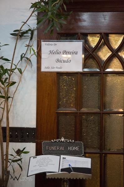 Velório do jurista Hélio Bicudo no Funeral Home, na zona sul de São Paulo (SP). Fundador do PT e um dos autores do pedido de impeachment da ex presidente Dilma Rousseff, Bicudo morreu por problemas cardíacos, aos 96 anos, na manhã desta terça feira (31) em sua residência.