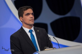 Cabo Daciolo (Patriotas), durante o debate das eleições 2018, promovido pelo Jornal Folha de São Paulo, UOL e SBT, na sede da emissora em São Paulo (SP), nesta quarta feira (26).
