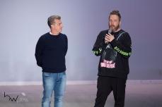 Luciano Huck e Alexandre Herchcovitch, durante gravação de cenas do programa Caldeirão do Huck, no quinto dia da edição N46, do São Paulo Fashion Week (SPFW), no espaço Arca, na zona oeste de São Paulo (SP), nesta quinta feira (25).