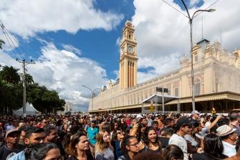 Apresentação de Marcos e Belutti, durante a Virada Cultural 2019, no Palco Luz, região central de São Paulo (SP), neste domingo (19).