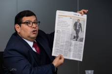 """O juiz Peruano José Antonio Neyra Flores, fala sobre o crime organizado em seu pais e comentou casos como o de Fujimori Montesinos, Odebrecht e outros casos classificados como """"crime do colarinho branco"""". Paulo Lopes @BWPressFoto COPYING OR REPRODUCTION PROHIBITED. Proibido o uso ou cópia sem permissão do autor. #istoe #afp #afpphoto #zuma #dpa #reuters #getty #epa #photojournalism #press #odebrecht #lavajato #peru #corrupção #moro #dallagnol #propina #crime #juri #tribunal #dinheiro #corrupto"""