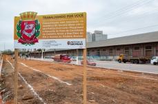 O prefeito Bruno Covas acompanha as obras de revitalização no entorno do Viaduto Bresser, na zona leste de São Paulo, nesta quarta feira (28). A região, onde existia a Favela do Cimento, passará a contar com áreas arborizadas e equipamentos para ginástica e lazer. PAULO LOPES @BWPressFoto COPYING OR REPRODUCTION PROHIBITED. É proibido o uso ou cópia sem permissão do autor. #agenciaoglobo #agenciaestado #istoé #afp #afpphoto #veja #vejasp #estadão #folhapress #getty #zuma #shutterstock #dpa #bwpress #europress #anpfoto #arfocsp #favela #cimento #prefeitura #prefeito #covas #comunidade #playground