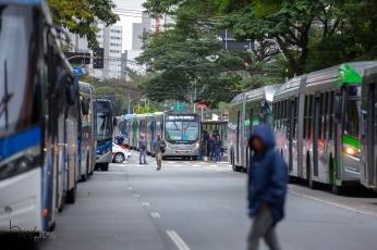 Greve de motoristas e cobradores de ônibus nas proximidades do terminal Princesa Isabel, na região central de São Paulo (SP), nesta quinta feira (5). PAULO LOPES @BWPressFoto COPYING OR REPRODUCTION PROHIBITED. É proibido o uso ou cópia sem permissão do autor. #agenciaoglobo #agenciaestado #istoé #afp #afpphoto #veja #vejasp #estadão #folhapress #getty #zuma #shutterstock #dpa #bwpress #europress #anpfoto #arfocsp #greve #onibus #cobrador #motorista #transporte #prefeitura #covas #doria #tarifa #passageiro