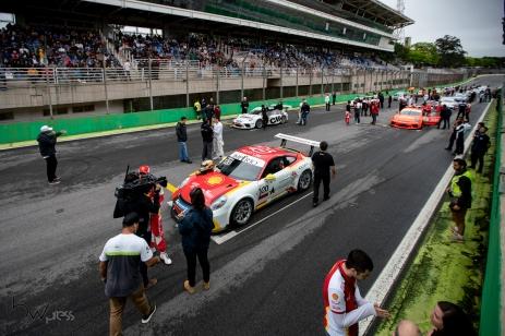 6ª etapa da temporada 2019 da Porsche Império GT3 Cup, no Autódromo Internacional José Carlos Pace - Interlagos - na zona sul de São Paulo (SP), neste sábado (21). PAULO LOPES @BWPressFoto COPYING OR REPRODUCTION PROHIBITED. É proibido o uso ou cópia sem permissão do autor. #agenciaoglobo #agenciaestado #istoé #afp #afpphoto #veja #vejasp #estadão #folhapress #getty #zuma #shutterstock #dpa #bwpress #europapress #anpfoto #arfocsp #porsche #gt3 #imperio #interlagos #corrida #velocidade