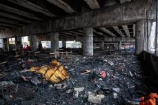 Viaduto Alcântara Machado, na região da Moóca, zona leste de São Paulo (SP), é interditado nos 2 sentidos, na manhã desta sexta-feira (13), após um incêndio em cerca de 30 barracos que existiam embaixo da via. O trânsito na Av. Radial Leste em direção ao centro precisou ser desviado. PAULO LOPES @BWPressFoto COPYING OR REPRODUCTION PROHIBITED. É proibido o uso ou cópia sem permissão do autor. #agenciaoglobo #agenciaestado #istoé #afp #afpphoto #veja #vejasp #estadão #folhapress #getty #zuma #shutterstock #dpa #bwpress #europress #anpfoto #arfocsp #doria #policia #ocupa #maloca #favela #barraco #comunidade #viaduto #moradia #incendio #fogo #morador #rua #desabrigado