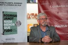 """Rodrigo Janot, ex procurador geral da república, durante evento de lançamento do livro """"Nada menos que tudo"""", na Livraria da Vila em São Paulo, nesta segunda-feira (7). PAULO LOPES @BWPressFoto COPYING OR REPRODUCTION PROHIBITED. É proibido o uso ou cópia sem permissão do autor. #agenciaoglobo #agenciaestado #istoé #afp #afpphoto #veja #vejasp #estadão #folhapress #getty #zuma #shutterstock #dpa #bwpress #europapress #anpfoto #arfocsp #janot #lavajato #vazajato #hacker #telegram #gilmar #stf #pgr #governo #brasil"""