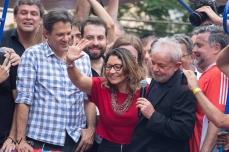 O ex presidente Lula, ao lado de sua namorada Janja, participa de ato no Sindicato dos Metalúrgicos do ABC, na cidade de São Bernardo do Campo (SP), neste sábado (9), após ser beneficiado por decisão do STF sobre a prisão após condenação em segunda instância. PAULO LOPES @BWPressFoto COPYING OR REPRODUCTION PROHIBITED. É proibido o uso ou cópia sem permissão do autor. #agenciaoglobo #agenciaestado #istoé #afp #afpphoto #veja #vejasp #estadão #folhapress #getty #zuma #shutterstock #dpa #bwpress #europapress #anpfoto #arfocsp #lula #lavajato #curitiba #policia #prisão #stf #corrupção #triplex #atibaia